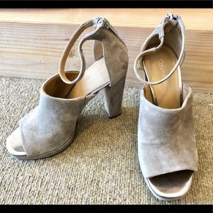 Calvin Klein beige brown pump heels 4-4.5""
